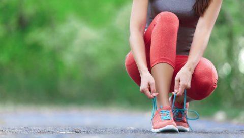 Выбирая обувь на шнурках, помните, что затягивать сильно их не стоит