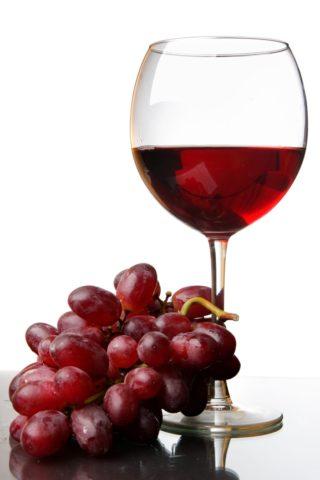 Красное вино при тромбофлебите
