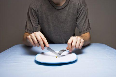 Большинство специалистов скептически относятся к голоданию как способу лечения атеросклероза
