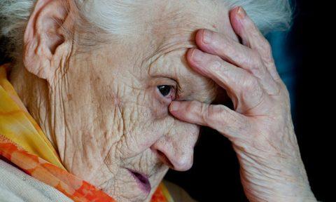 Чаще сосудистая деменция развивается в пожилом возрасте