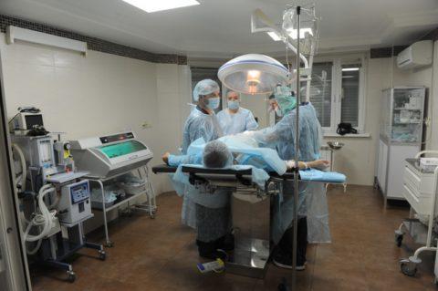Возможно только хирургическое лечение