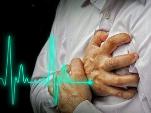 Что делать при обнаружении признаков инфаркта: принцип оказания помощи.
