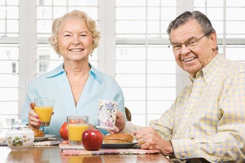 Необходимо пересмотреть свое питание и пожилым людям