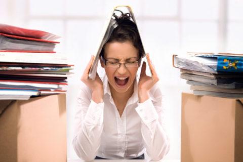 Постоянные стрессы как причина серьезных сбоев в работе сердечнососудистой системы.