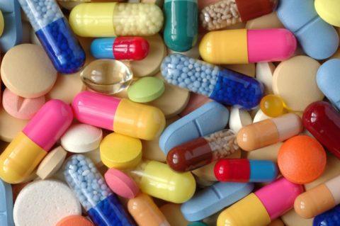 Повышение температуры может произойти при неразмеренном потреблении лекарственных средств.