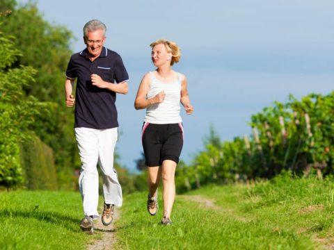 Приступать к активным занятиям спортом можно не ранее чем через 3-6 месяцев после операции