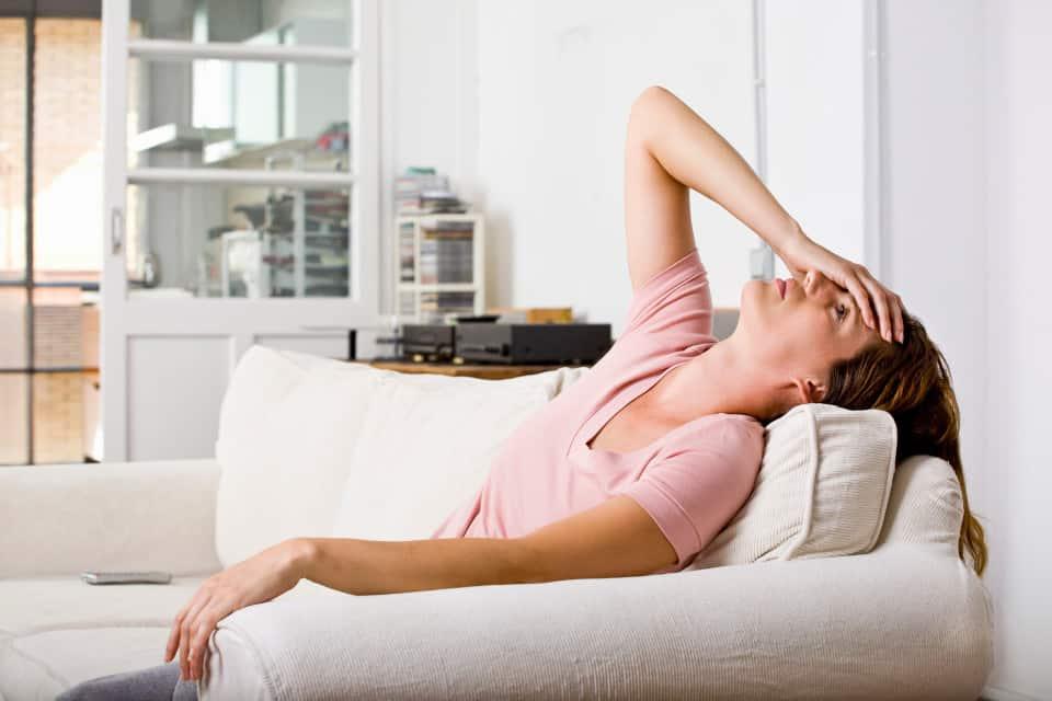 Проявление каких-либо неприятных ощущений в области головы – первый предвестник инсульта.