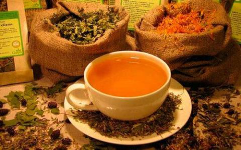 Чай из целебных трав