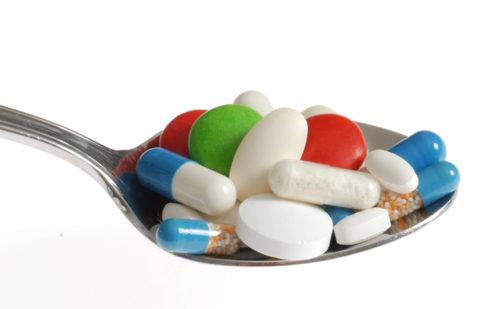 Лекарства являются неотъемлемой частью лечебной терапии