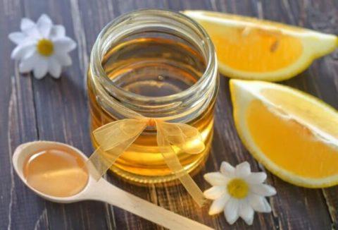 Наибольшую пользу приносит луговой и горный мед.