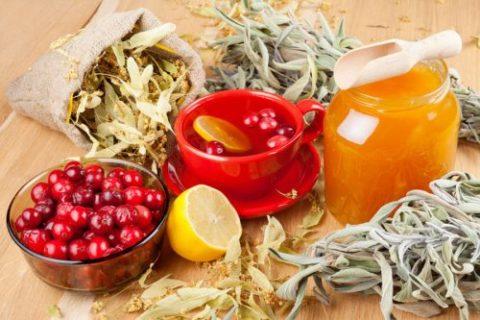 Правильное питание в сочетании с применением рецептов нетрадиционной медицины – залог получения положительных результатов в процессе проведения чистки сосудов.