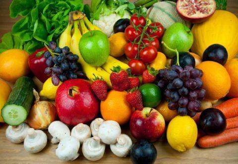 Сбалансированный рацион с преобладанием овощей и фруктов