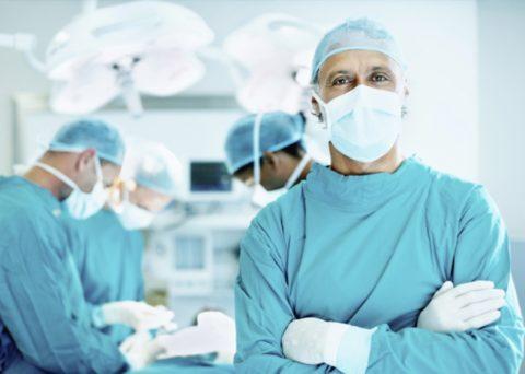 Болезнь лечится только оперативным путем
