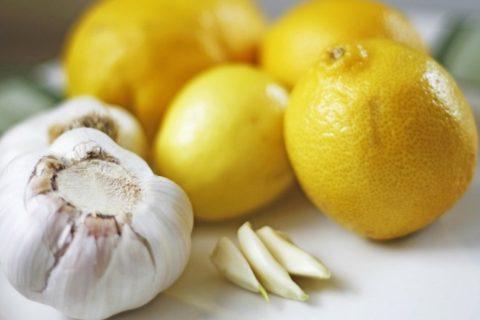 Жгучий овощ в сочетании с цитрусовыми – универсальное средство от множества недугов.