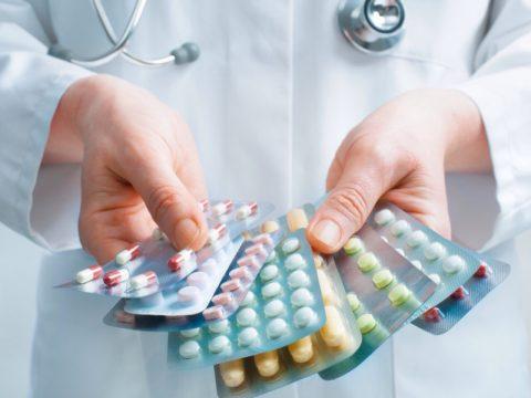 Медикаментозное лечение.