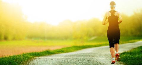 Регулярные занятия спортом помогут укрепить сосуды и устранить имеющиеся болезни.