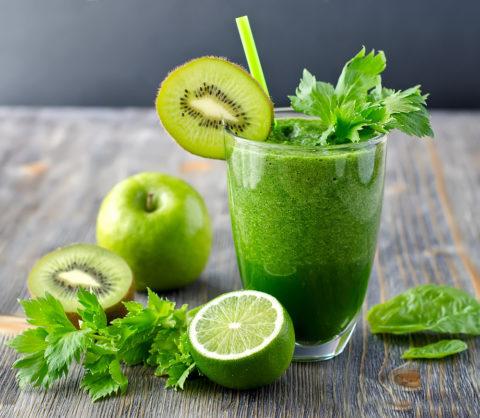 Смесь овощных и фруктовых соков