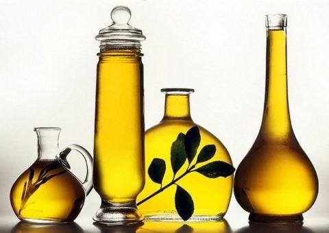 Употреблять в пищу желательно только оливковое и льняное растительные масла.