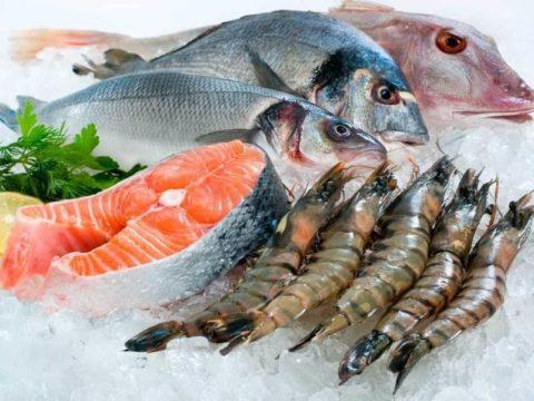 В ежедневном рационе обязательно должна присутствовать морская рыба жирных сортов.