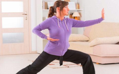 Специалист должен объяснить пациенту все нюансы упражнений