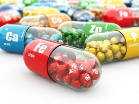 Витаминно-минеральные комплексы можно купить в аптеке: цена их зависит от производителя и состава