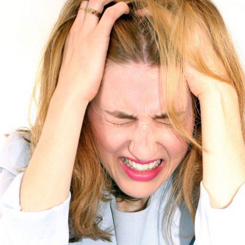 Назойливые головные боли как первый тревожный звонок.