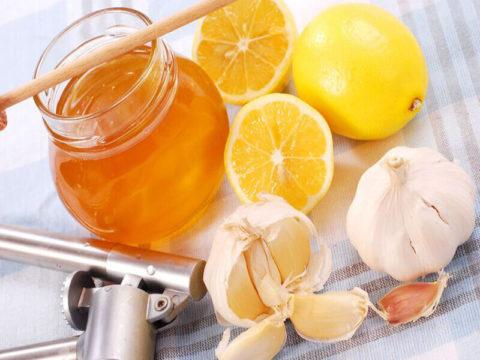 Чеснок, лимон и мед не помогут растворить атеросклеротические бляшки