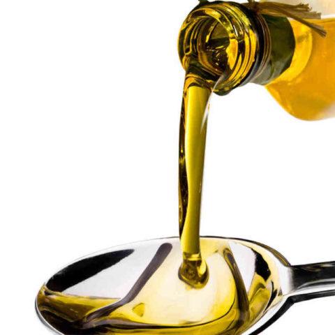 Для профилактики атеросклероза достаточно одной столовой ложки масла утром каждый день