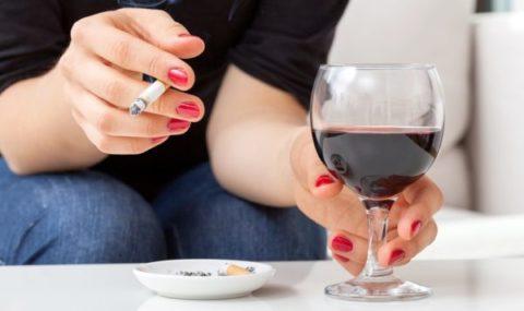 Курение и чрезмерное употребление алкоголя