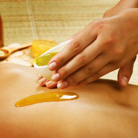 Оливковое масло используется в косметологии
