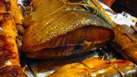 При атеросклерозе нельзя есть копченую рыбу