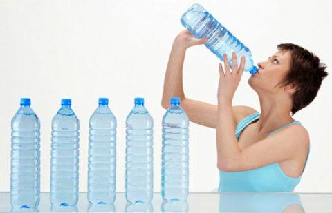 Употреблять много воды