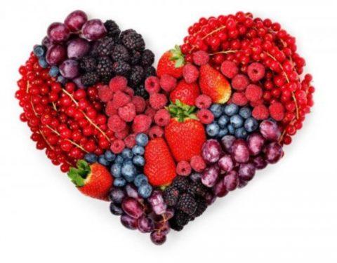 Все ягоды без исключения оказывают положительное влияние на работу сердца