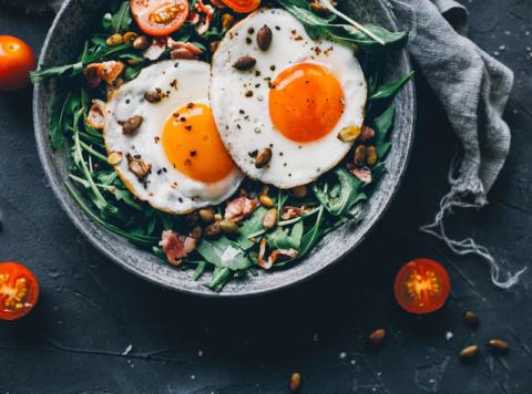 Куриные яйца содержат большое количество холестерина