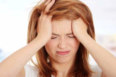 Частые мигрени – показания для обследования сосудов головы