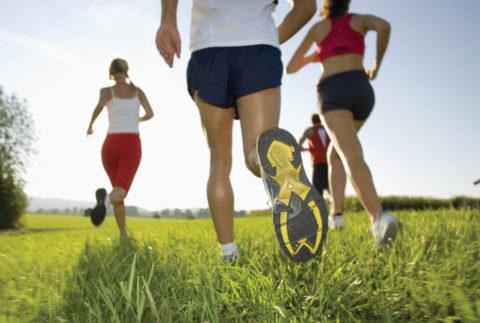 Быть физически активным