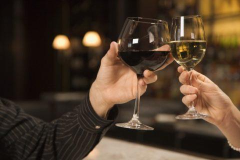Белое или красное вино: чему отдать предпочтение?