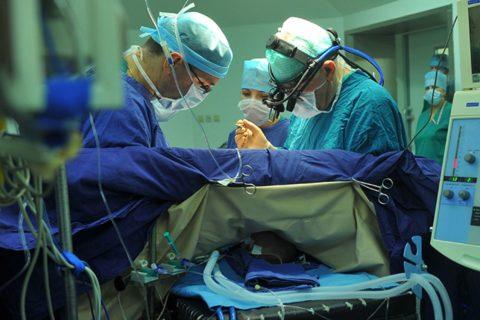 Процедура требует достаточной квалификации хирурга