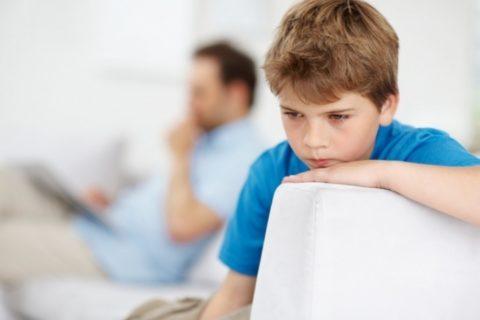 Детям терапию откладывают до окончания полового созревания