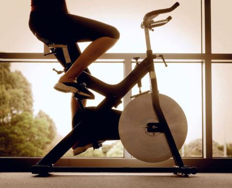 Классический вертикальный велотренажер