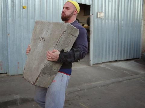 В послеоперационный период не рекомендовано поднятие тяжестей более 10 кг