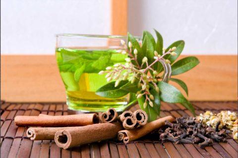 Ароматный чай с мятой успокоит и эффективно повысит общий тонус организма.