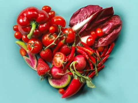 Основу рациона в диете для здоровых сосудов должны составлять овощи и фрукты