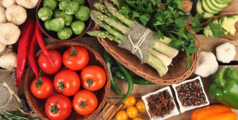 Правильно выбранные продукты питания и сбалансированный рацион помогут сохранить здоровье и чистоту сосудов на долгие годы.