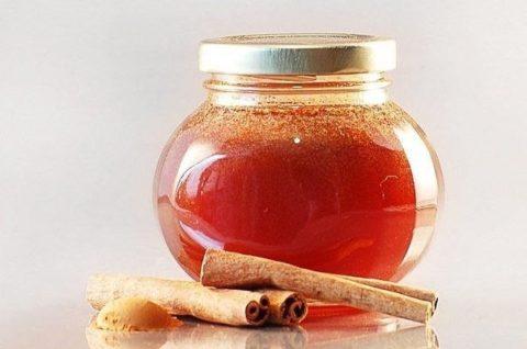 В отличие от медикаментозных препаратов натуральные продукты очищают сосуды не только эффективно, но и бережно.