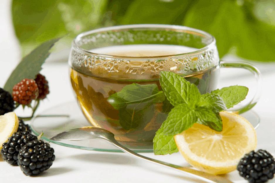 Зеленый чай содержит мало кофеина
