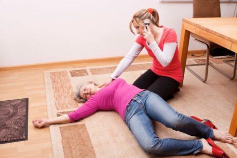 Женщина без сознания