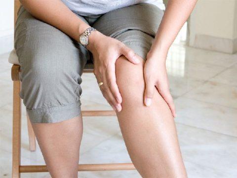 Любые проблемы с сосудами ног требуют обращения к врачу: цена промедления – наше здоровье