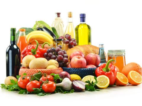 Овощи и фрукты – основа питания пациентов с холестериновыми бляшками