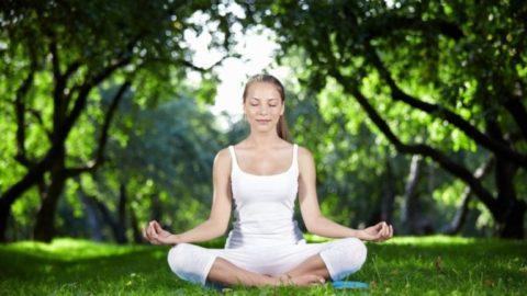 Йога принесет пользу сосудам.